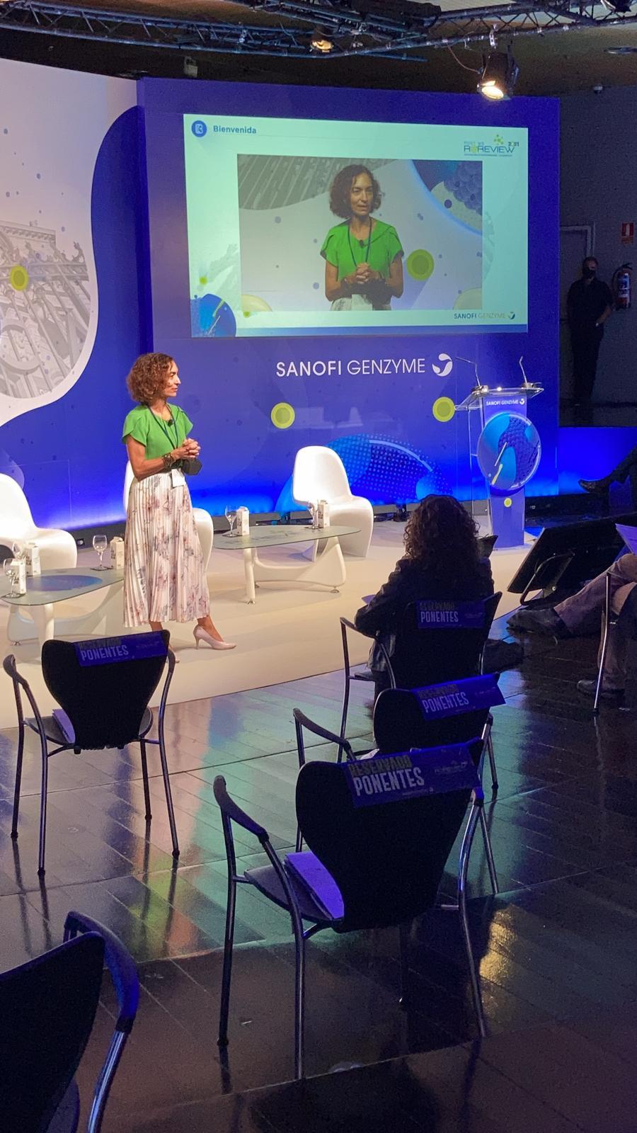 Bienvenida que dio la directora general de Sanofi Genzyme Iberia, Raquel Tapia