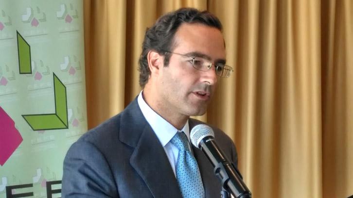 Luis de Palacio.