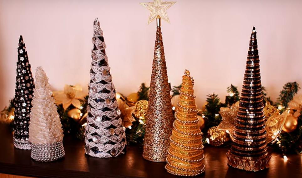 76175beae6e 10 formas de crear árboles de Navidad propios y originales para la farmacia