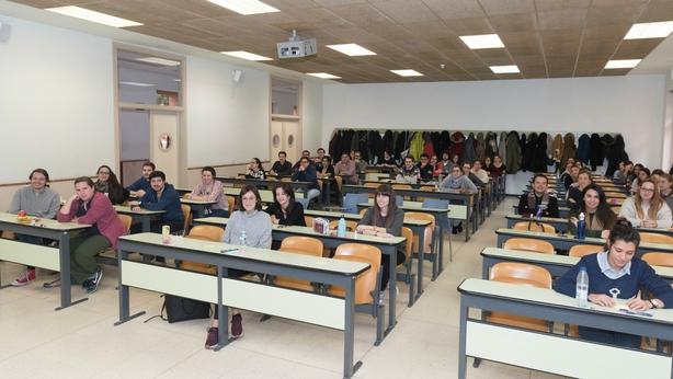 Preguntas del examen MIR (1-12) - medico joven - medico joven